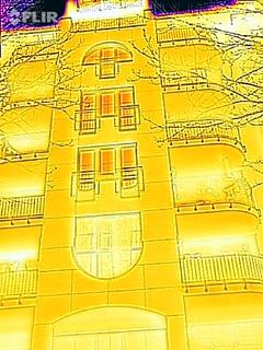 Fassade als Wärmebild