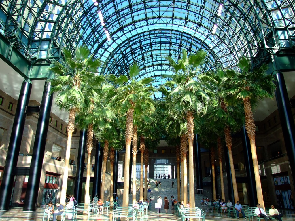 World_Financial_Center_Winter_Garden_200706