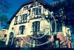 Bild #00033, Altbau an der Rehwiese, Foto Preikschat